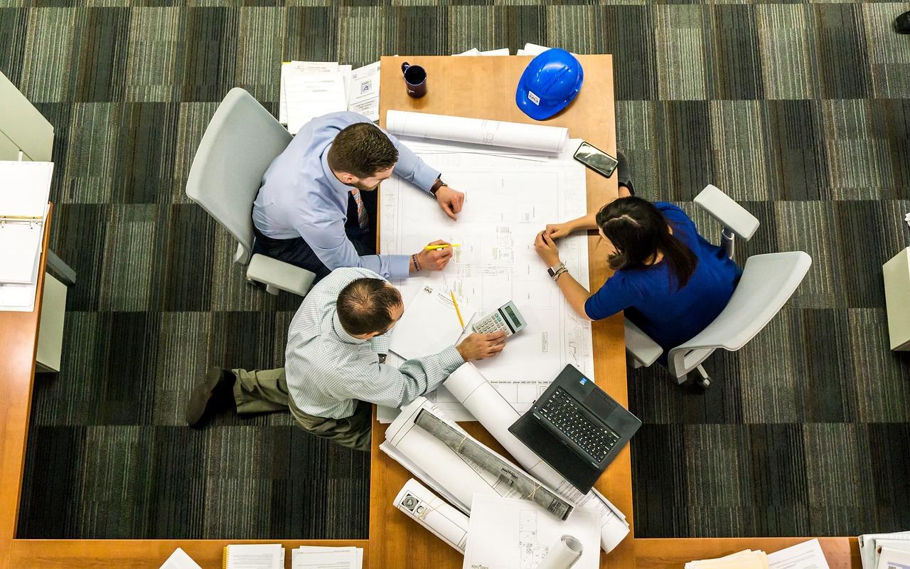 company governance model