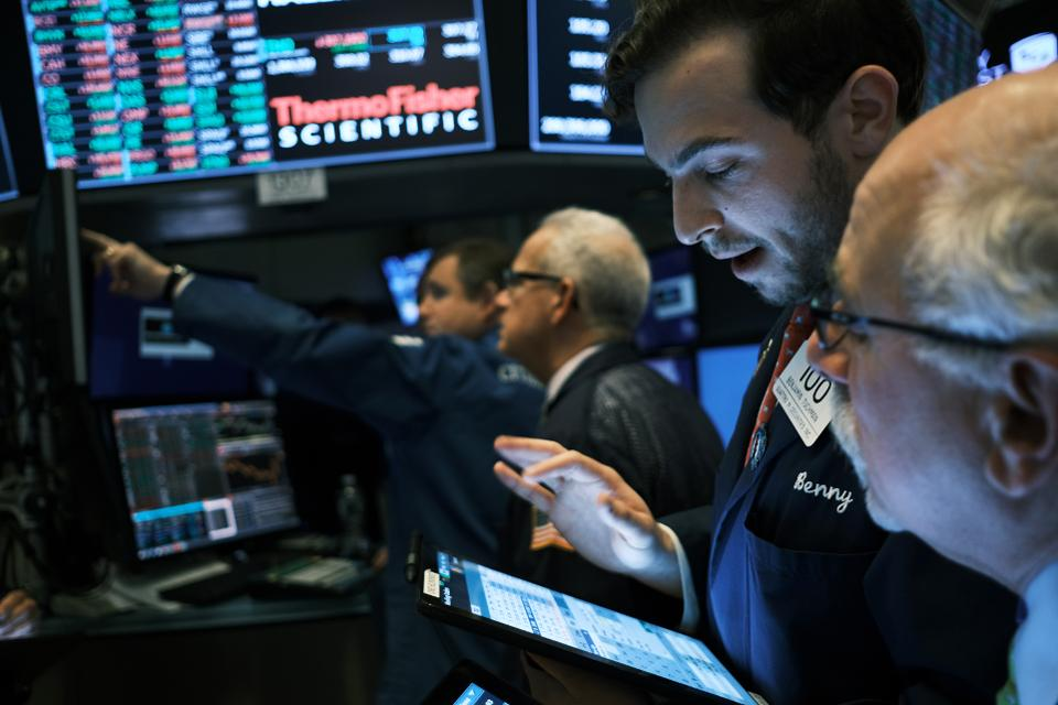 U.S. Stocks Tumble As China Trade Talks Stall