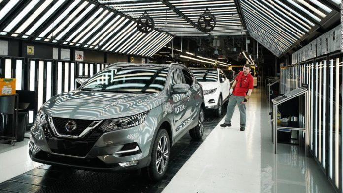 Nissan stock falls after top executive resigns