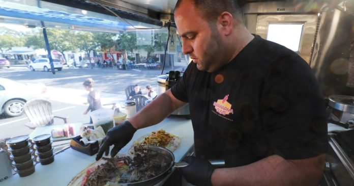 Is this food truck the best place to eat in America? Yelp reviewers say yes