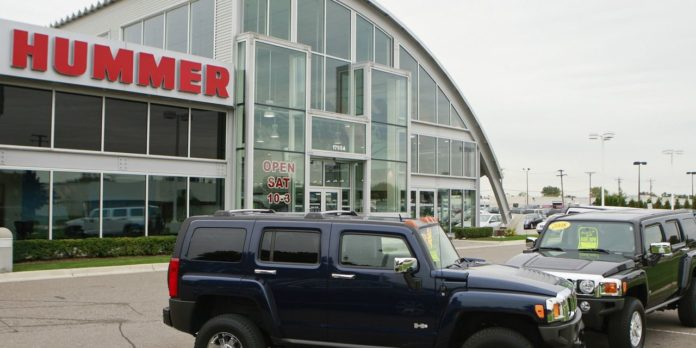 GM to Revive Hummer Name on New Electric Pickup Model