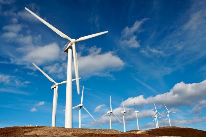 2 Top Renewable Energy Stocks to Buy in January