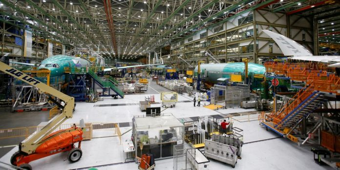 Aerospace Suppliers Woodward, Hexcel to Merge