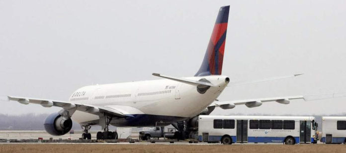 Delta Airlines gives employees enormous bonus