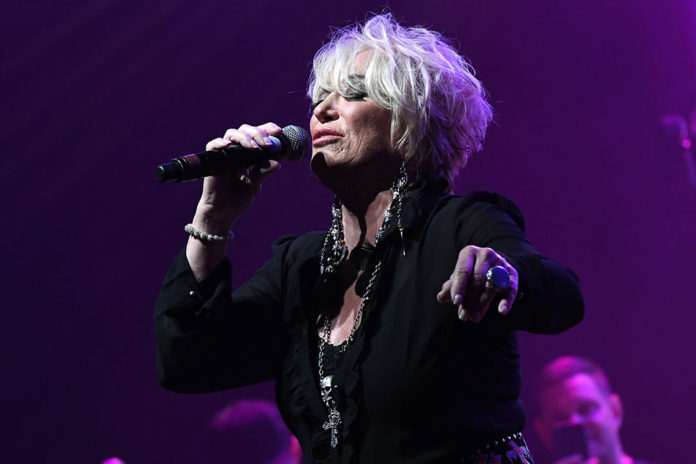 Here Are the Lyrics to Tanya Tucker's 'Bring My Flowers Now'