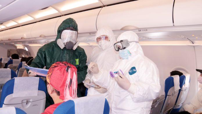 White House considers ban on flights to China amid coronavirus outbreak