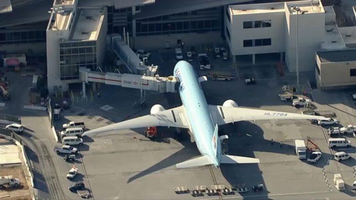 3 Korean Air passengers screened for coronavirus after Las Vegas-bound flight diverted to LAX -TV