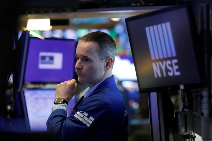 Wall Street tumbles on lack of stimulus details