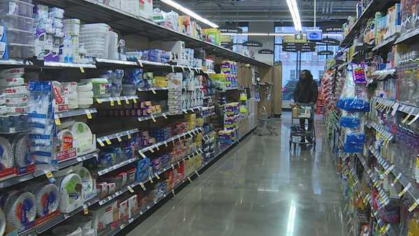 Kroger to dedicate first hour of shopping to seniors during COVID-19 outbreak