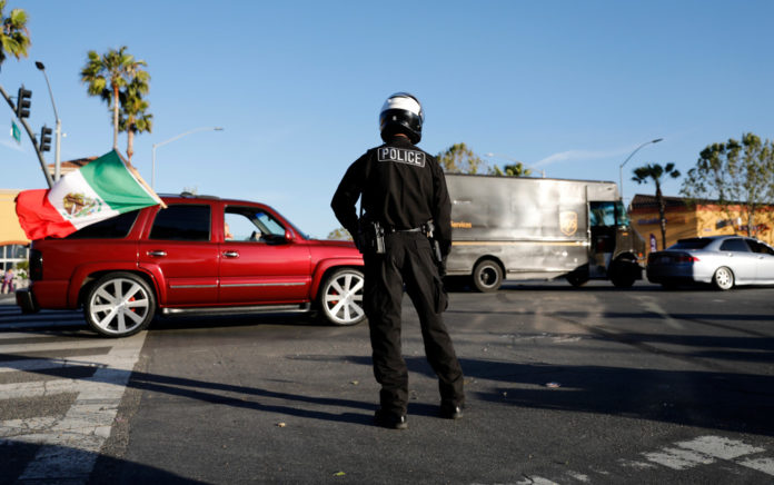 Photos: Cinco de Mayo crowds draw San Jose police amid coronavirus pandemic