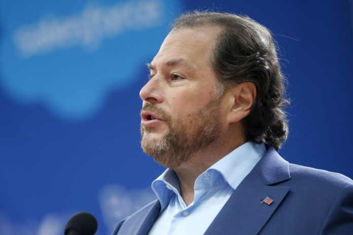 Shares of Salesforce continue to fall after providing light guidance