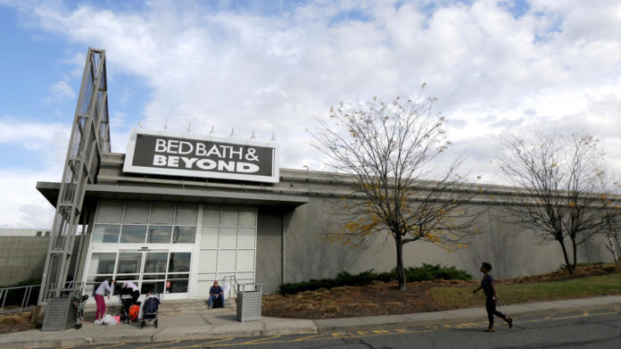 Bed Bath & Beyond will close 200 stores as cruises prepare to sail
