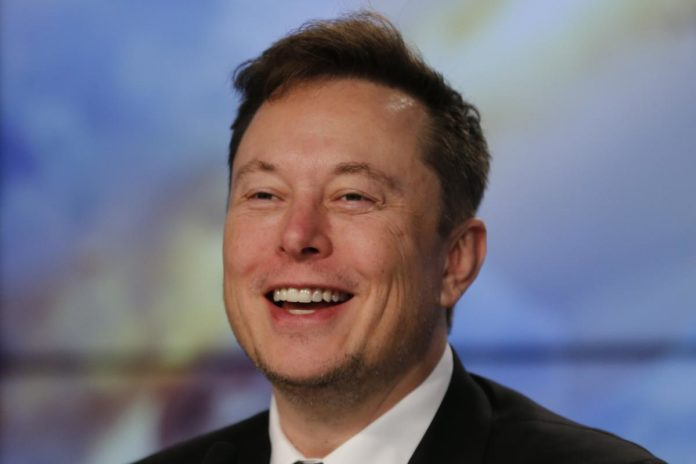 Billionaire Musk's net worth zooms past Warren Buffett's
