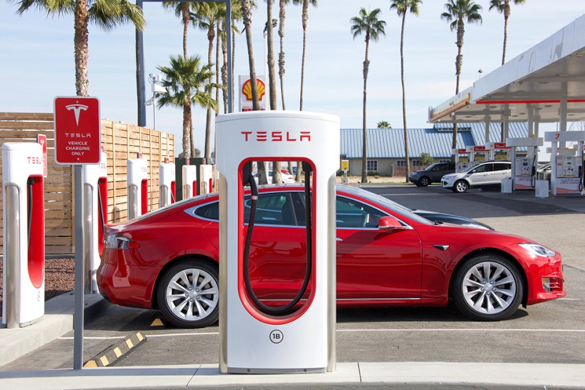 Tesla Richest Car Company in the World 2020