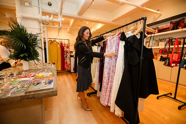 The clothing rental start-up Rent the Runway is closing all of its stores for good